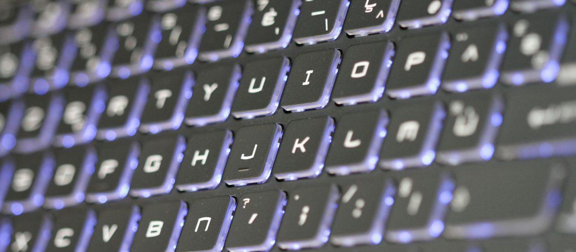 Vente PC de bureau et ordinateurs portables
